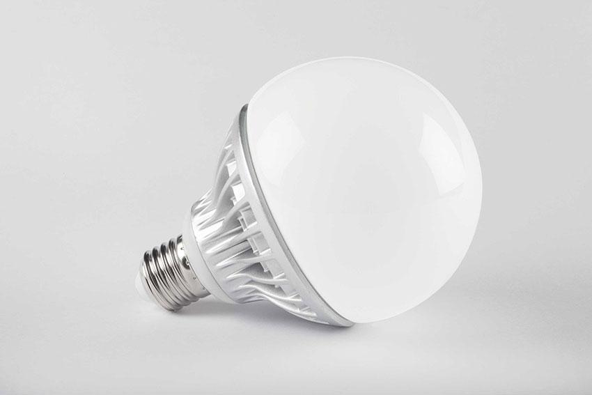 LAMPADA LED 15W E27 GLOBO 2700K BIANCO CALDO  LIGHTX